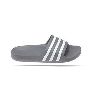 adidas-originals-adilette-aqua-badelatsche-grau-lifestyle-schuhe-herren-zehentrenner-f35538.png