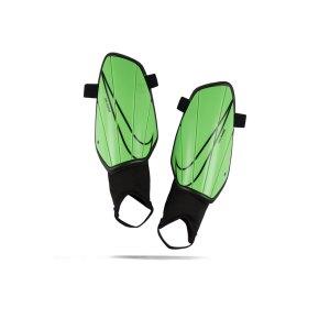 nike-charge-schienbeinschoner-gruen-f398-sp2164-equipment.png
