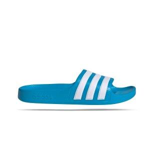 adidas-adilette-aqua-badelatsche-kids-blau-fy8071-lifestyle_right_out.png