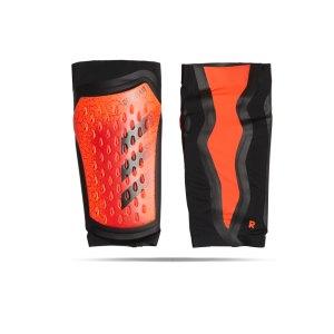adidas-predator-pro-schienbeinschoner-rot-schwarz-gr1521-equipment_front.png
