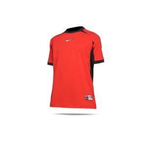 nike-f-c-joga-bonito-t-shirt-rot-f673-da5579-lifestyle_front.png