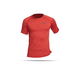 nike-pro-trainings-t-shirt-rot-f681-underwear-kurzarm-bv5633.png