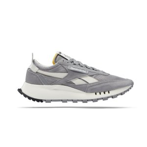 reebok-cl-legacy-grau-weiss-s24171-lifestyle_right_out.png